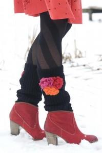 Bonnie Doon Stulpen / Beinwärmer Crochet Flower schwarz