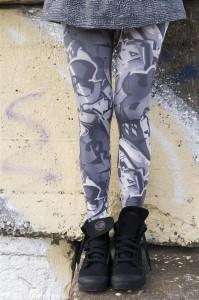 Bonnie Doon Damen Legging GRAFFITI schwarz